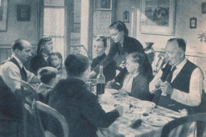 photographies parues dans le film complet 1950 marcel. Black Bedroom Furniture Sets. Home Design Ideas